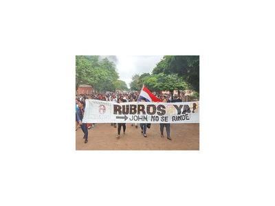 Concepción: Toman colegio  y exigen  reposición de rubros