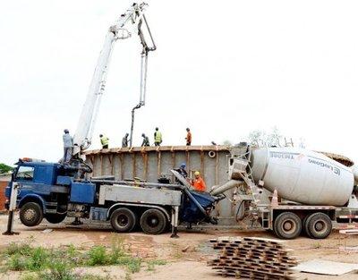 Construyen tapa para el reservorio de agua