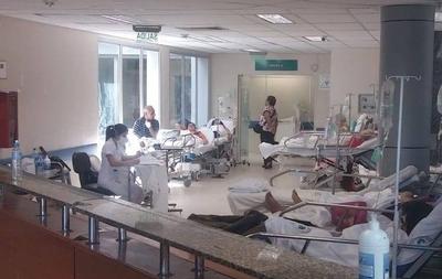 HOY / Prohíben internar pacientes en pasillos de IPS