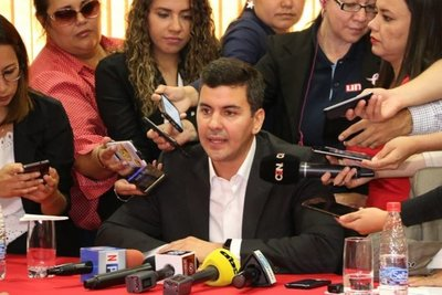 Diputados: Santiago Peña, asesor 'ad honorem'