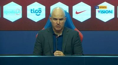 Fernando Jubero analiza el juego ante Libertad