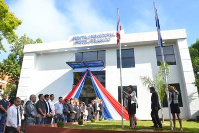 Con varias deficiencias inauguran sede de Junta Municipal