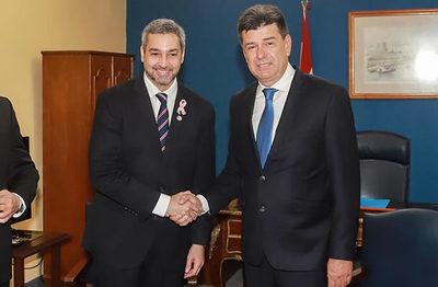 Mario Abdo se reúne con líder del PLRA