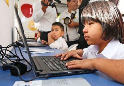 Con tecnología MEC busca mejorar productividad en aula y aumentar interés de estudiantes
