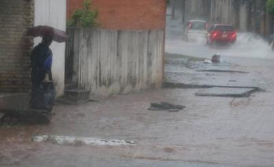 HOY / Pronostican lluvias y tormentas eléctricas desde hoy