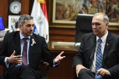 Presidente conversó sobre proyectos viales con el intendente de Asunción