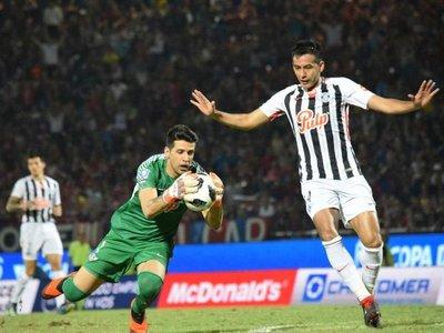Popi Muñoz suma 642 minutos sin recibir un gol