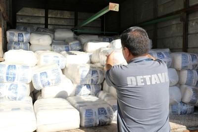 Caen casi 5 toneladas de azúcar de contrabando tras operativos