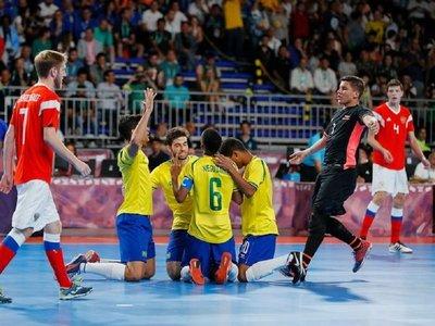 Brasil gana oro en fútbol sala; Egipto deja a Argentina sin el bronce