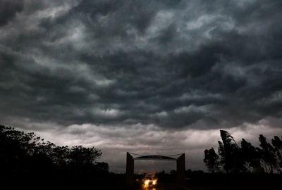 Se pronostica un día caluroso y ocasionales tormentas eléctricas