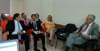 Taiwán analiza cooperar con Paraguay en el campo catastral