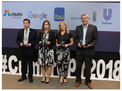 Paraguayos prefieren trabajar en Itaipú antes que en Google