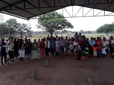 Entregan recursos a 170 familias indígenas de Puerto Pinasco
