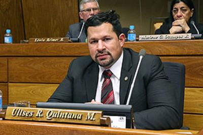 Fiscal afirma no tener evidencias que vinculen a Ulises Quintana con narcotráfico