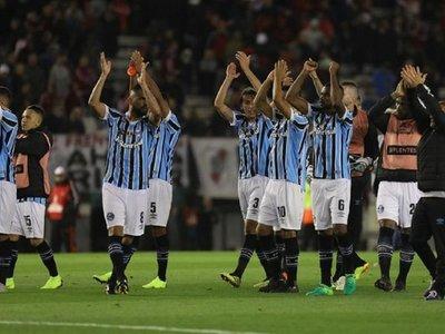 Gremio consigue un valioso triunfo ante River Plate