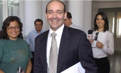 Peralta Vierci juró como ministro de Comunicación