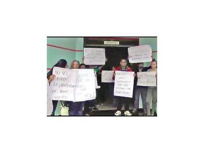 Salud afirma que acordó con  UME a favor de los dializados