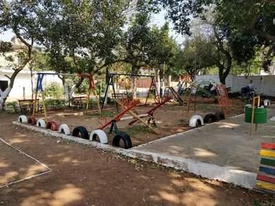 Cooperativa dona elementos para mejoras en Plaza 3 de febrero