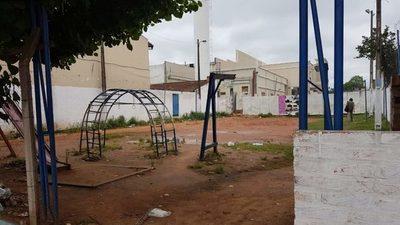 Barrio San José: A pasos de lograr que una plaza no sea convertida en calle