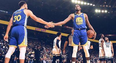 Warriors y Raptors siguen en racha