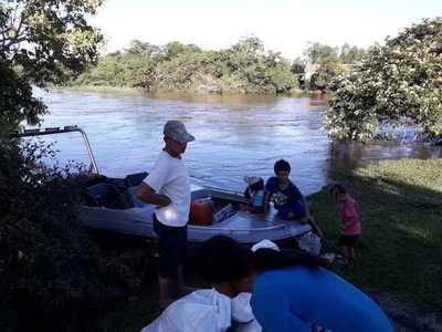 EBY asiste a familias afectadas en Ayolas