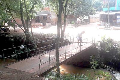 Piden legalizar ocupación de la franja del arroyo Amambay
