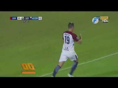 Cerro Porteño regresa del este como único puntero del campeonato