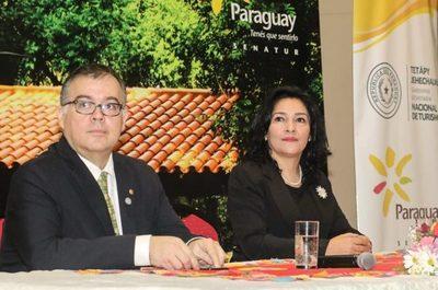 Nueva ministra impulsará innovación en productos turísticos que ofrece el país