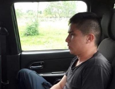 Detienen a policía que intentaba robar termocalefón de residencia de Cucho