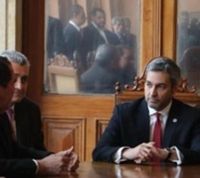 """Fiscalía debe actuar de oficio contra Mario Abdo Benítez"""