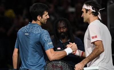 Duelo de 'maestros' entre Djokovic y Federer