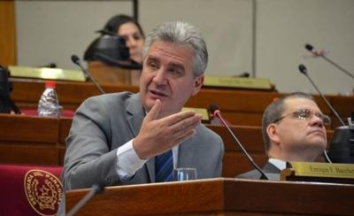 HOY / Masivo repudio de gremios de abogados a Bacchetta en el JEM