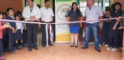 Inauguraron comedor y sanitario en escuela de Carlos Anotonio Lopez Itapua