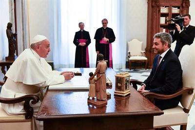 Abdo Benítez se reunió con el Papa en el Vaticano