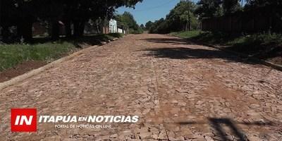 CONSTRUYEN NUEVO EMPEDRADO EN CERCANÍAS DEL CENTRO DE GRAL. ARTIGAS.