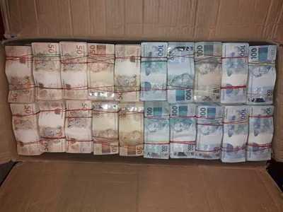 Requisan más de R$ 2,5 millones, producto de lavado, según sospechas