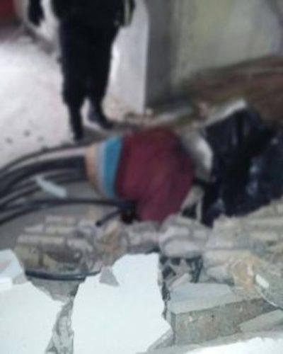 Electricista muere tras ser aplastado por viga de hormigón