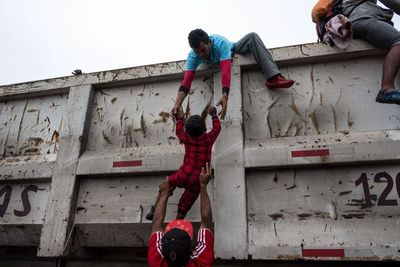 México rechaza haber acordado con EEUU procesar asilo de inmigrantes ilegales