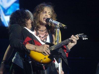 Joe Perry, de Aerosmith, fue internado de urgencia