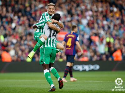 Barcelona cayó ante el Real Betis y celebran los escoltas