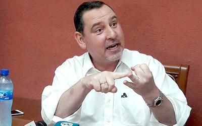 Fuerza política de Zacarías se debilita con alejamiento de presidentes de seccionales