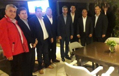 Gobernadores liberales se reunieron con Marito
