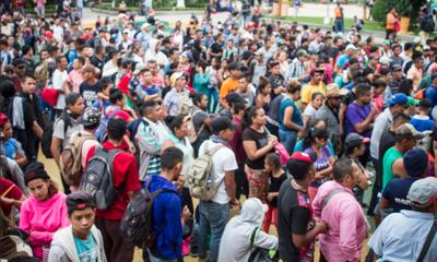 Dispersos en México: Continúa la caravana de migrantes hacia EE.UU.