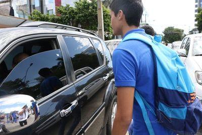 Advierten sobre posibles intentos de rapto a estudiantes