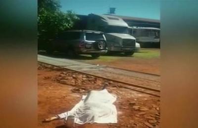 Una mujer fallece tras ser aplastada por un portón