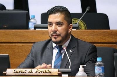 Fiscalía pide llevar a juicio oral a Carlos Portillo