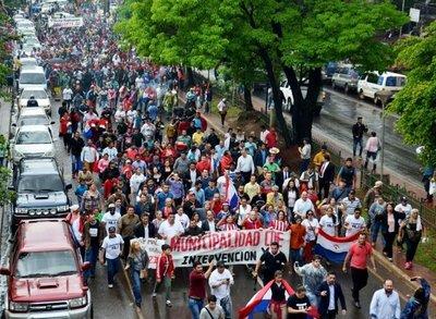 """""""El 90% de la población quiere la intervención en la Municipalidad de CDE"""""""
