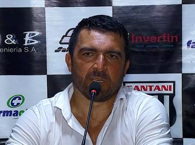 Héctor Marecos, orgulloso por sus jugadores