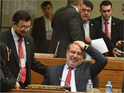 Ediles aprueban pedir auditoría a gestión de Zacarías y Schuster