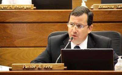 Vera Bejarano afirma que cuenta con 42 votos y puede presidir la Cámara Baja